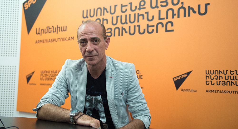 Жак Текеян в гостях у радио Sputnik Армения