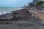 Последствия сильного шторма в Батуми: как выглядят пляж и набережная
