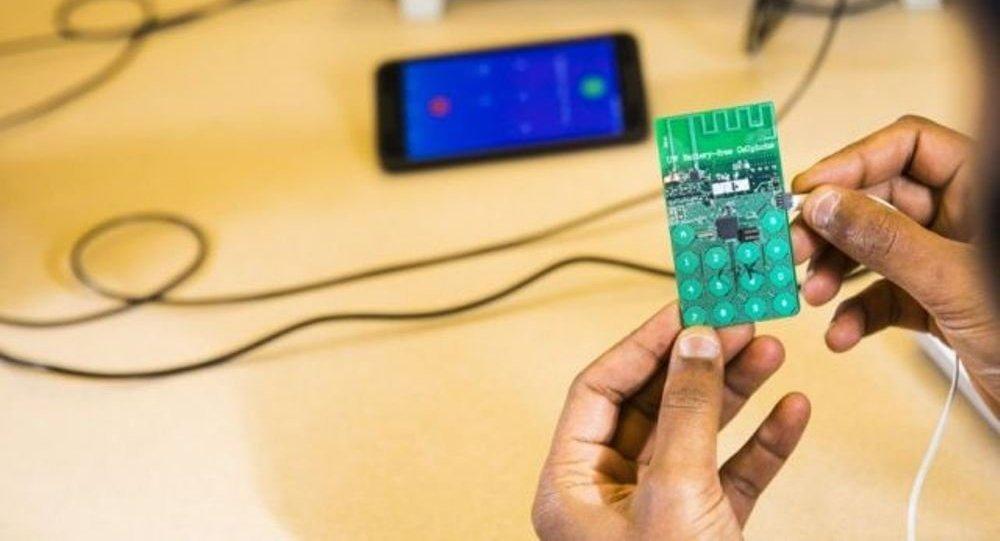 Ученые создали первый в мире мобильный телефон без аккумулятора