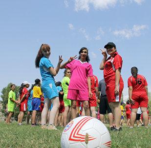 Трехдневный футбольный лагерь для юных армянских футболисток