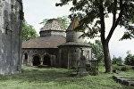 Средневековый монастырь Санаин