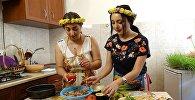 В гостях у шеф-повара: как приготовить летнюю толму