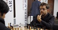 Шахматисты Хикару Накамура (США) и  Левон Аронян (Армения)