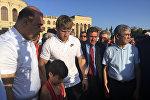Артура Алексаняна с почестями встретили в Гюмри