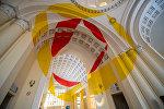 Открытие выставки швейцарского художника Феличе Варини Гексагоны, круги и столы
