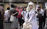 Спутник_Живая кукла Лулу Хашимото гуляла по улицам Токио