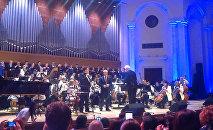 Иосиф Кобзон потряс зрителя исполнением песни об Армении