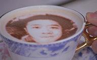 Кафе, где посетителям делают кофе с их селфи на молочной пенке