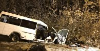 В Марий Эл столкнулись лесовоз и микроавтобус