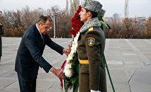 МИД РФ Сергей Лавров прибыл в Ереван. Первая остановка: Цицернакаберд