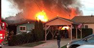Самолет упал на жилой дом в Сан-Диего