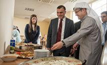 Подарок Кувейта Армении обитателям дома престарелых